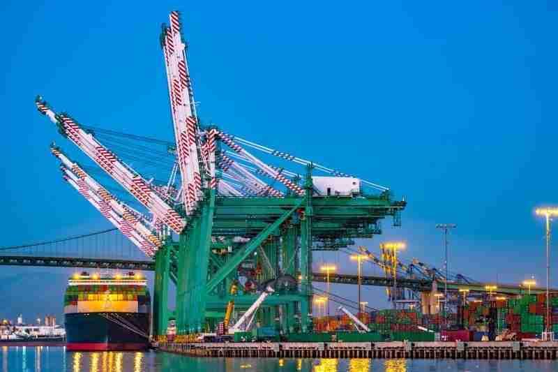 Port Services - CarrierHawk
